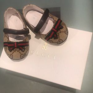 Brand new new baby gucci shoes